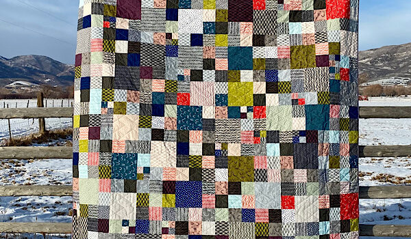 Modern Patchwork Finish by Amy Ellis - SewModernQuilts.com